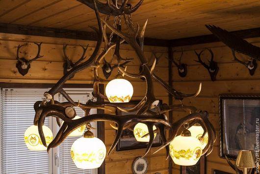 Освещение ручной работы. Ярмарка Мастеров - ручная работа. Купить Люстра из рогов с плафонами (6+1). Handmade. Коричневый, люстра из рогов