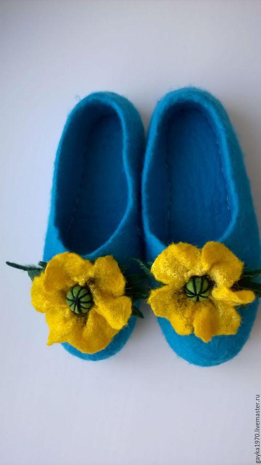 """Обувь ручной работы. Ярмарка Мастеров - ручная работа. Купить Тапочки """"Байкальский мак"""". Handmade. Бирюзовый, желтые цветы, шерсть"""