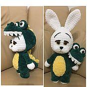 Мягкие игрушки ручной работы. Ярмарка Мастеров - ручная работа Плюшевый заяц в костюме крокодила. Handmade.