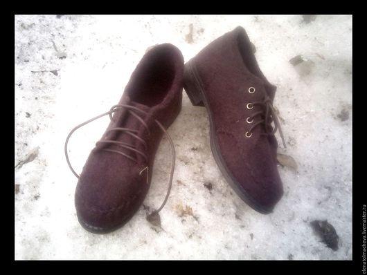 Обувь ручной работы. Ярмарка Мастеров - ручная работа. Купить валяные туфли для города. Handmade. Брусничный, весенняя мода