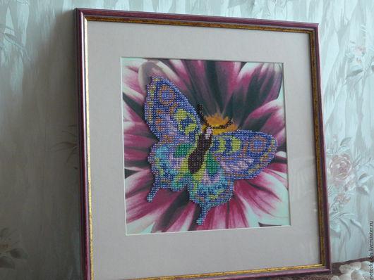 """Животные ручной работы. Ярмарка Мастеров - ручная работа. Купить Картина из чешского бисера """"Бабочка"""". Handmade. Брусничный, крылья бабочки"""