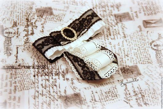 Брошь-галстук `Школьница` украсит блузку и добавит изюминку к образу обладательницы.Подобное украшение можно изготовить в желаемой цветовой гамме.Работа Покусаевой Марины (Romashka)