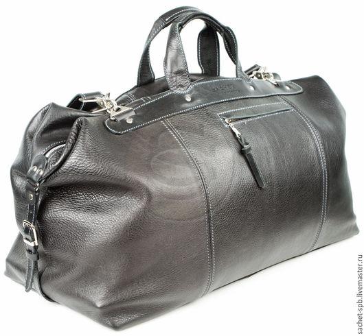 Мужские сумки ручной работы. Ярмарка Мастеров - ручная работа. Купить Кожаная дорожная сумка черная. Handmade. Черный