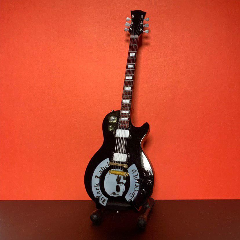Сувенирная мини гитара Black Label Society, Инструменты, Москва, Фото №1