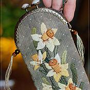 Сумки и аксессуары handmade. Livemaster - original item Daffodils Eyeglass Case. Handmade.