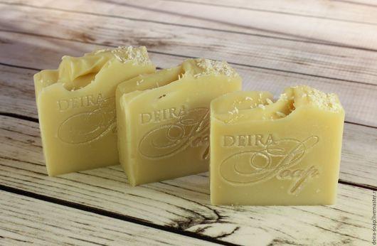 натуральное мыло с нуля `Кокос и Миндаль` на кокосовых сливках