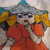 Для дома и интерьера ручной работы. Ярмарка Мастеров - ручная работа Фартук с вышивкой простым тамбуром. Handmade.