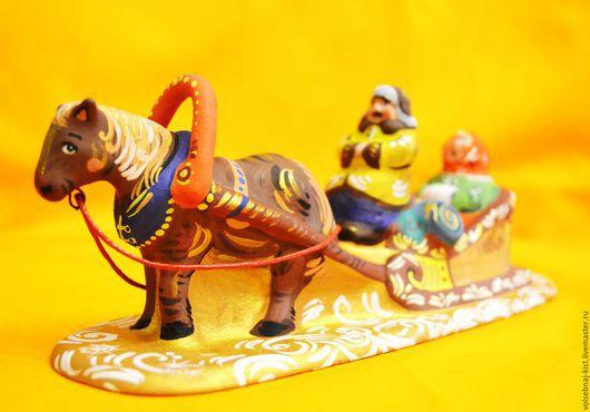 Фигурка лошадь с санями