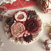 """Украшения ручной работы. Ярмарка Мастеров - ручная работа """"Бузина""""  бохо брошь бордовая кремовая цветок розовый. Handmade."""
