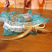 """Свадебный салон ручной работы. Ярмарка Мастеров - ручная работа Бесплатная  подвязка """"Дельфины"""". Handmade."""