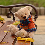 Куклы и игрушки ручной работы. Ярмарка Мастеров - ручная работа Один мишка + пять нарядов.. Handmade.