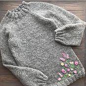 Свитеры ручной работы. Ярмарка Мастеров - ручная работа Свитер с вышивкой. Handmade.
