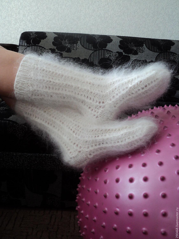 Фетиш белых носочков фото