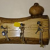Для дома и интерьера ручной работы. Ярмарка Мастеров - ручная работа Доска с птичкой и коваными гвоздями. Handmade.