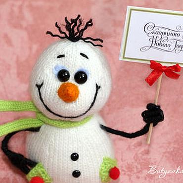 Подарки к праздникам ручной работы. Ярмарка Мастеров - ручная работа Довольный снеговик! (игрушка на новый год). Handmade.