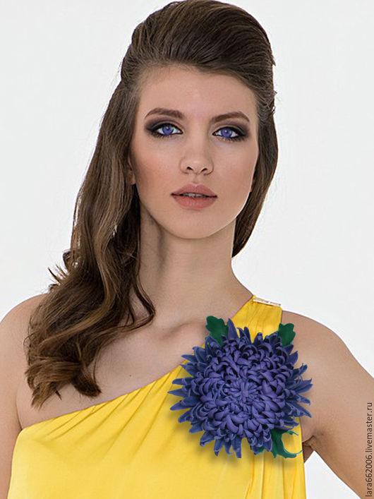 Брошь ручной работы,фиолетовый цветок,фиолетовая хризантема,цветок из кожи, украшение из кожи, кожаные цветы,кожаные изделия,кожаные аксессуары,аксессуары из кожи,  фиолетовая брошь, заколка, ободок.