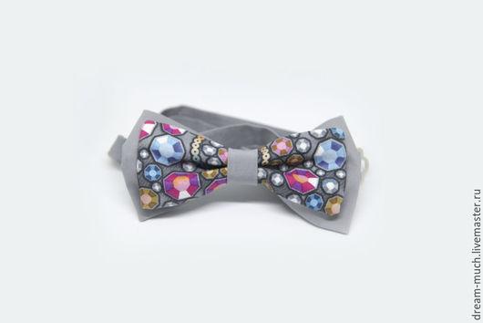 Галстуки, бабочки ручной работы. Ярмарка Мастеров - ручная работа. Купить Галстук-бабочка с разноцветными камнями. Handmade. Серый