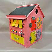 Бизиборды ручной работы. Ярмарка Мастеров - ручная работа Бизиборд Бизи Дом 30х30х40 см со светом Розовый. Handmade.