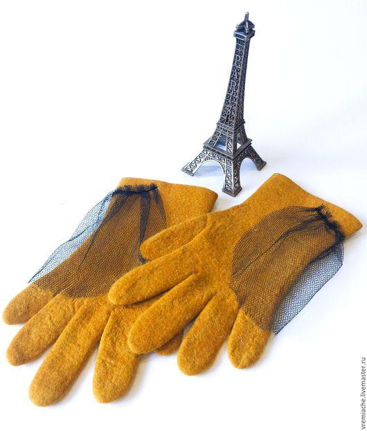"""Варежки, митенки, перчатки ручной работы. Ярмарка Мастеров - ручная работа. Купить Перчатки из войлока """"Французская горчица"""". Handmade. Желтый"""