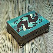 """Для дома и интерьера ручной работы. Ярмарка Мастеров - ручная работа Шкатулка для карт """"Женщина-кошка"""". Handmade."""