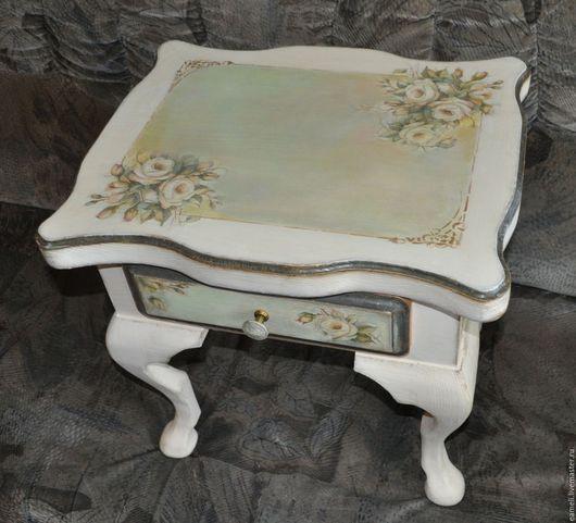 """Мебель ручной работы. Ярмарка Мастеров - ручная работа. Купить """"Ирэн"""" столик прикроватный. Handmade. Бежевый, розы, декупаж мебели"""