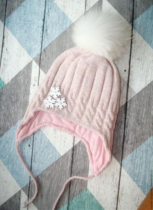 Шапки и шарфы ручной работы. Ярмарка Мастеров - ручная работа. Купить Демисезонная шапочка для девочки с белым помпоном. Handmade.