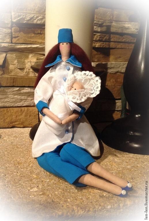 Куклы Тильды ручной работы. Ярмарка Мастеров - ручная работа. Купить Тильда акушерка с новорожденным. Handmade. Белый, кукла Тильда