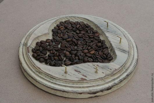 Прихожая ручной работы. Ярмарка Мастеров - ручная работа. Купить Ключница деревянная круглая с кофе, состаренная,  шебби шик. Handmade.