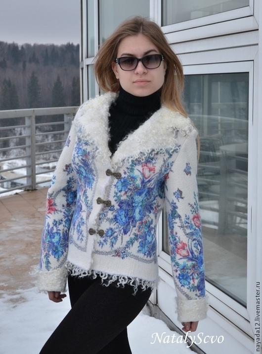 """Пиджаки, жакеты ручной работы. Ярмарка Мастеров - ручная работа. Купить Куртка валяная  из павловопосадского платка """"Гжель"""" войлок. Handmade."""