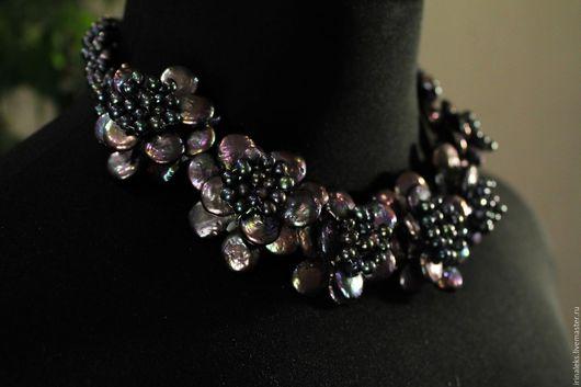 """Колье, бусы ручной работы. Ярмарка Мастеров - ручная работа. Купить Ожерелье """"Цветы"""". Handmade. Жемчужное ожерелье, яркий жемчуг"""