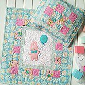"""Куклы и игрушки ручной работы. Ярмарка Мастеров - ручная работа Одеяло и подушка для куклы """"Розовый зайчик, голубые облака"""". Handmade."""