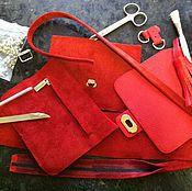 Сумки и аксессуары ручной работы. Ярмарка Мастеров - ручная работа Маленькая красная сумочка ANUTA. Handmade.