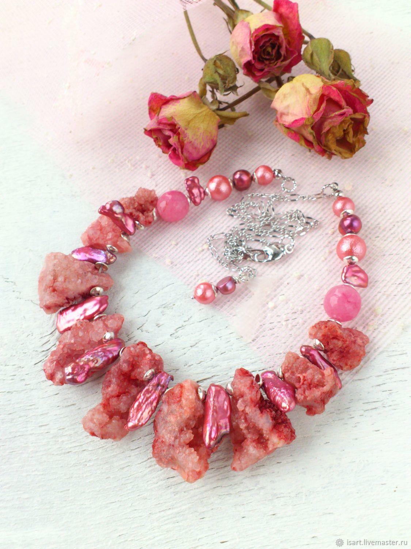 Колье бусы из кварца и жемчуга Авторские украшения из натуральных камней Колье из розовых камней купить Розовое колье из камней Колье с розовым жемчугом Стильные розовые бусы колье подарок купить