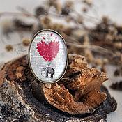 """Украшения ручной работы. Ярмарка Мастеров - ручная работа Овальное кольцо в латунной оправе """"Слон на воздушном шаре"""". Handmade."""