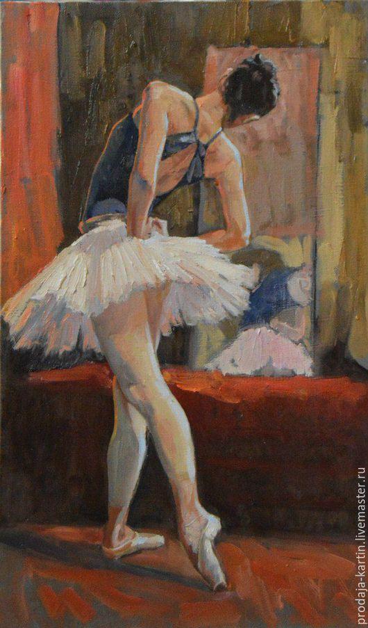 Работа из серии `Балеринки`, которая насчитывает в себе более 10 произведений. Писалась эта серия с выпускниц и учениц академии имени Ваганова, в 2015 - 2016 годах.