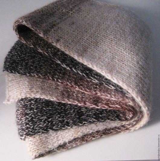 Шарф `Краски осени` Унисекс. Шарфик связан из 2-ух видов пряжи. Первая ниточка перуанская альпака, вторая 40% шерсть, 60% акрил.