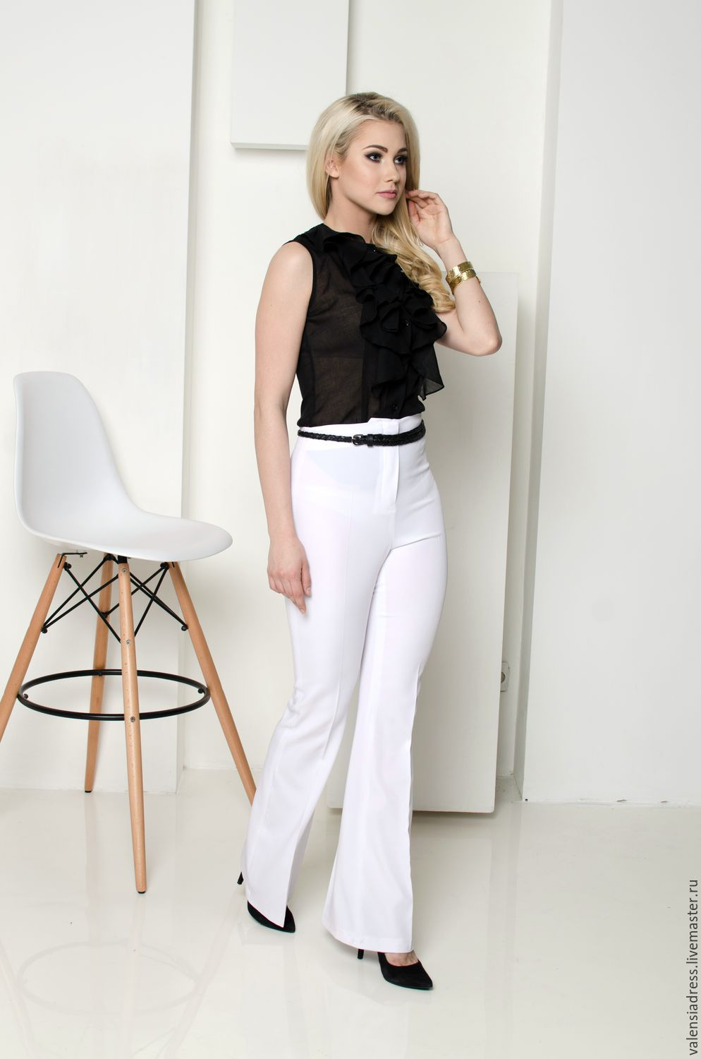 summer white pants, flared trousers, high-waisted pants