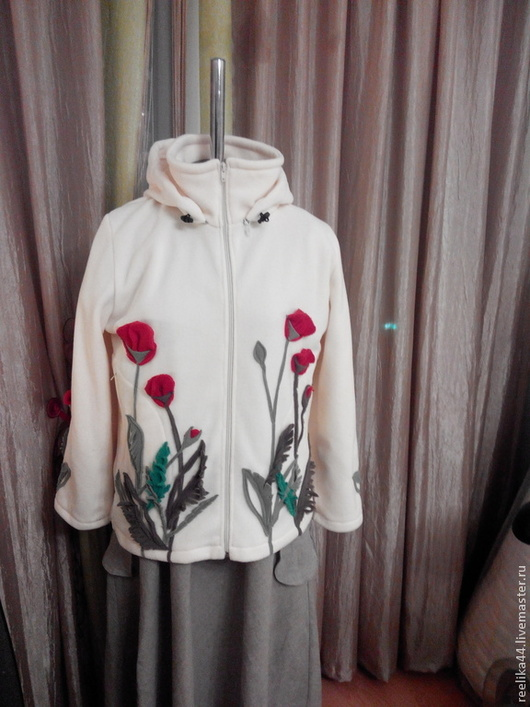"""Пиджаки, жакеты ручной работы. Ярмарка Мастеров - ручная работа. Купить Куртка- толстовка из флиса """" Маки"""". Handmade. Белый"""