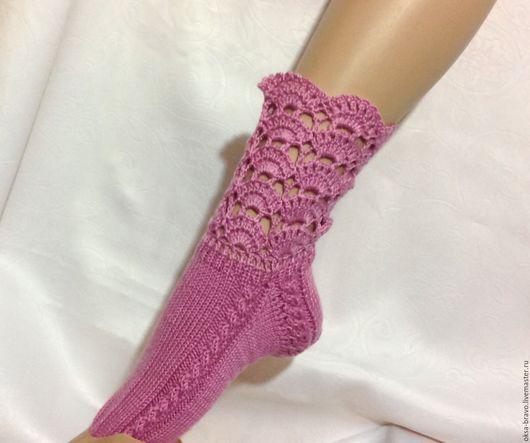 Носки, Чулки ручной работы. Ярмарка Мастеров - ручная работа. Купить Носочки ПРАЗДНИЧНЫЕ розовые. Handmade. Розовый, носочки вязаные