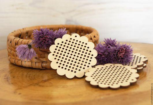 Заготовка для кулона  с отверстиями  для вышивки, Заготовка для кулона, для вышивки, кулон с вышивкой, кулон, деревянный, кулон, заготовка кулона, деревянное украшение,