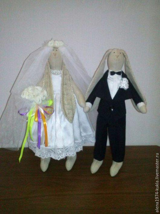 """Подарки для влюбленных ручной работы. Ярмарка Мастеров - ручная работа. Купить Зайцы """"Свадебная пара"""". Handmade. Зайцы, свадебный подарок"""