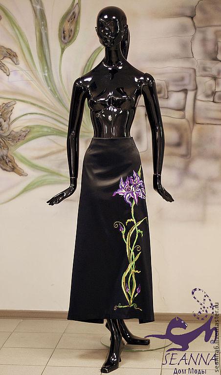 """Юбки ручной работы. Ярмарка Мастеров - ручная работа. Купить Вышитая юбка """"Ирисы"""" длинная атласная на подкладке. Handmade. Фиолетовый"""