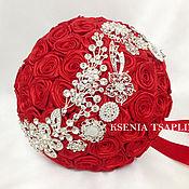 Свадебный салон ручной работы. Ярмарка Мастеров - ручная работа Брошь букет невесты из красных роз. Handmade.