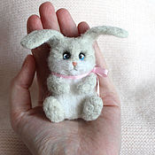 Украшения handmade. Livemaster - original item Bunny brooch made of wool. Handmade.