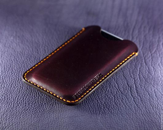Персональные подарки ручной работы. Ярмарка Мастеров - ручная работа. Купить Чехол iphone SE / 5 из кожи Horween Chromexcel Pull Up. Handmade.