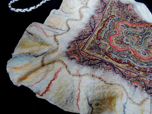 """Шали, палантины ручной работы. Ярмарка Мастеров - ручная работа. Купить шарф валяный из павловопосадского лоскута """"Затейливый узор"""". Handmade."""