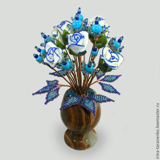 Цветок счастья из бирюзы в вазочке из оникса