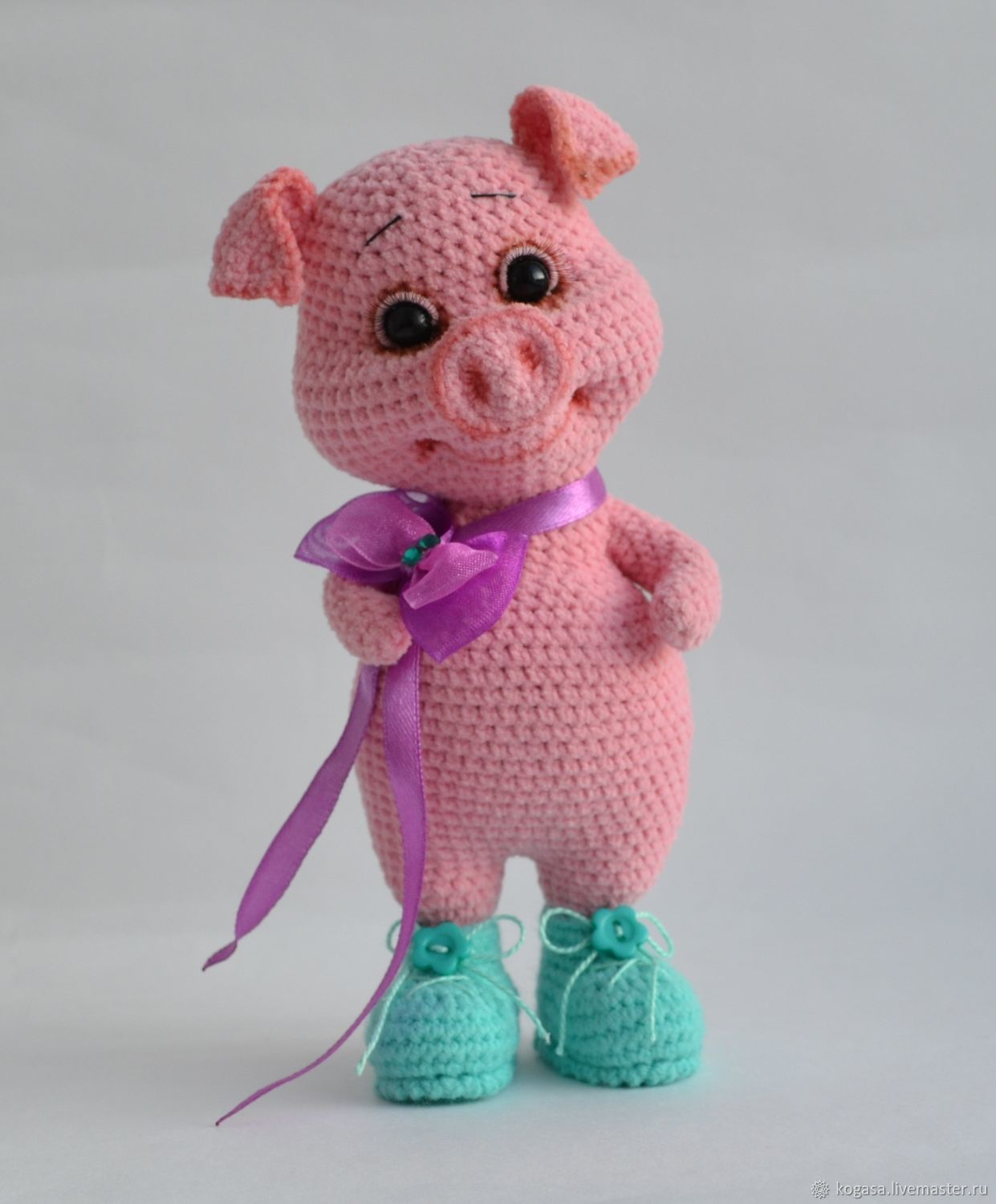 MC Pig Peggy pig in boots (hook) – shop online on Livemaster with ...