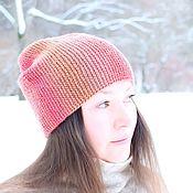 Аксессуары ручной работы. Ярмарка Мастеров - ручная работа Тёплая вязаная шапка бини из шерсти 100% Клубничная. Handmade.
