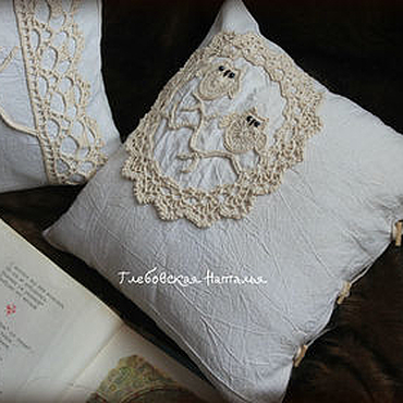 Textiles handmade. Livemaster - original item Linen pillowcase with lace and applique.. Handmade.